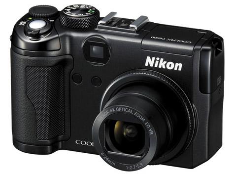 Nikon Coolpix P6000 recensie schuin voor extended