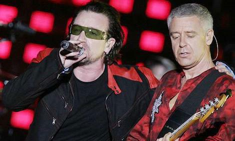 Bono en Adam Clayton van U2