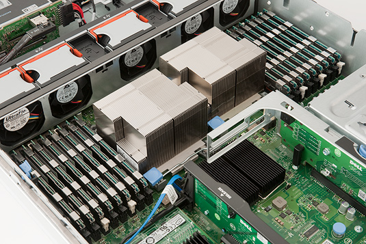 Artemis 6 Dell PowerEdge R710 geheugen en heatsinks
