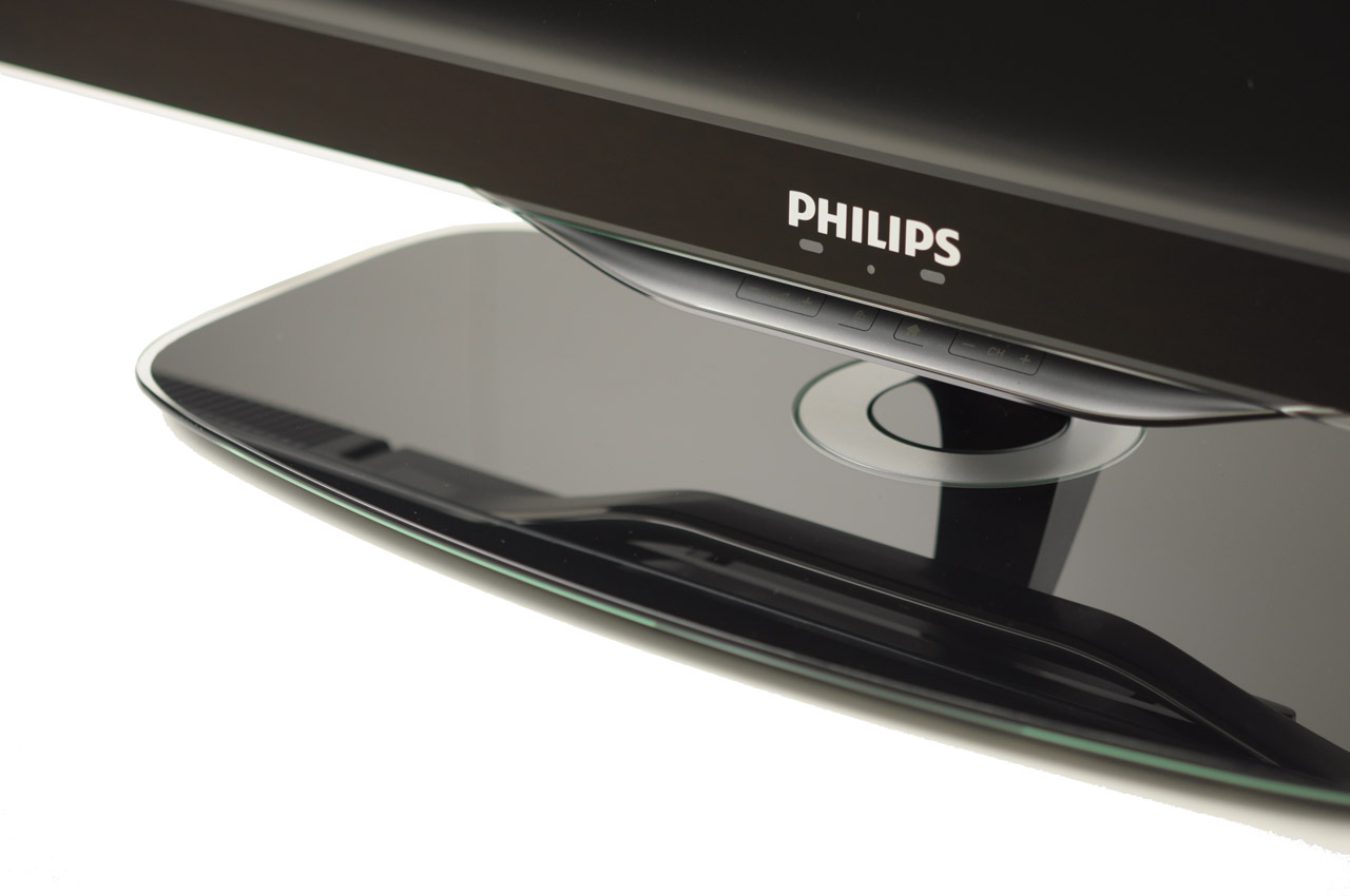philips 40pfl8605h behuizing review tweakers. Black Bedroom Furniture Sets. Home Design Ideas