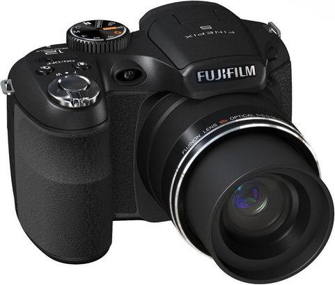 Fuji FinePix S2700HD