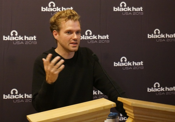 Karsten Nohl op Black Hat