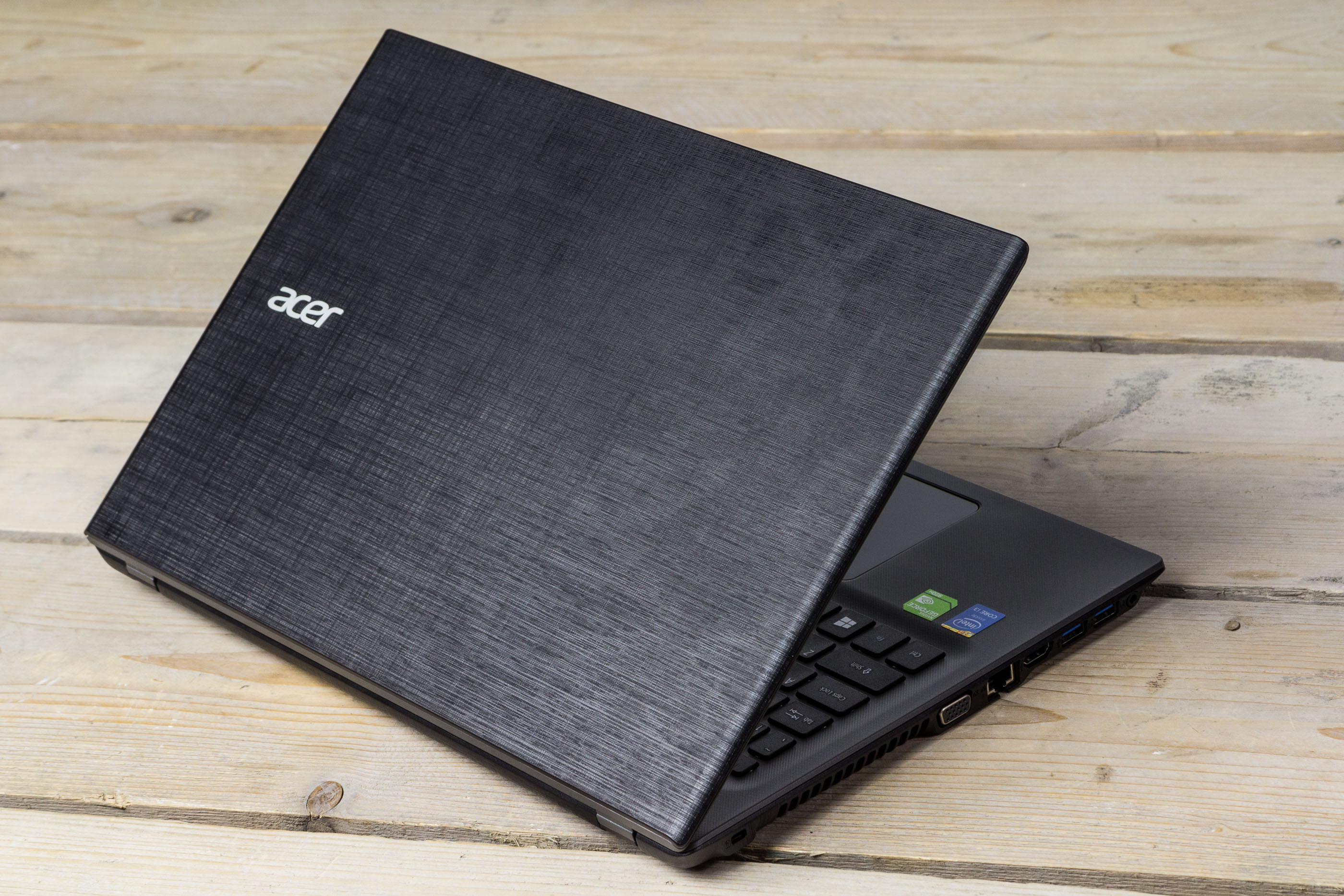 how to turn on my microphone on my acer laptop