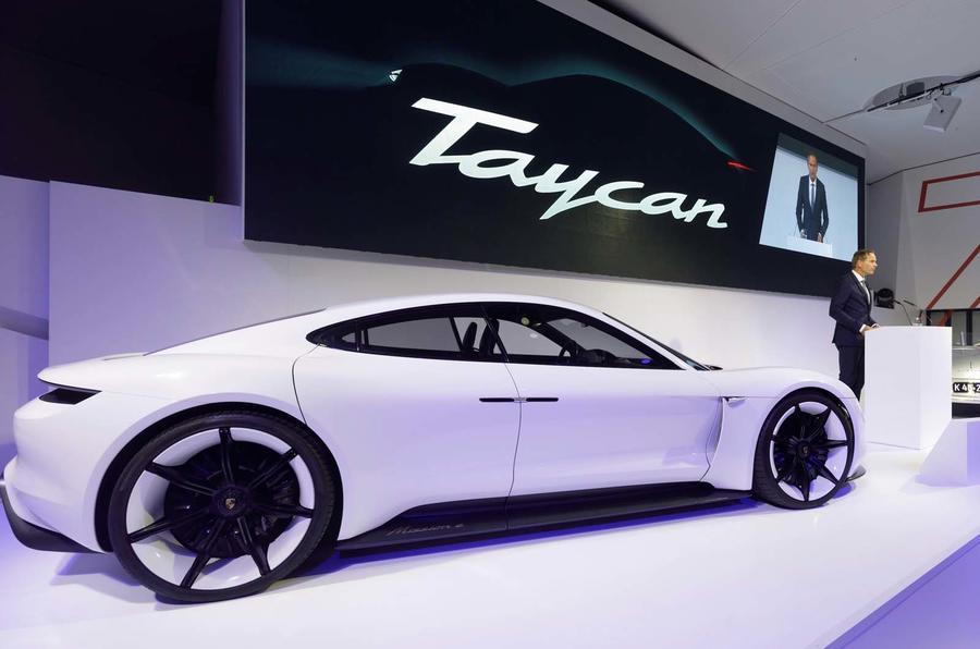 Porsche Verdubbelt Productie Van Zijn Eerste Volledig Elektrische