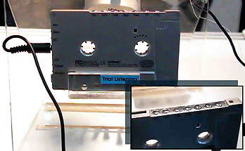 (CeBIT 2000) Unitech ROME MP3 cassette player