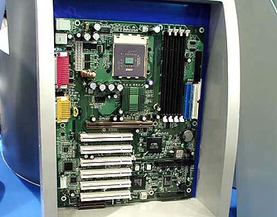 KT133 mobo\'s op Computex: MSI K7T Master