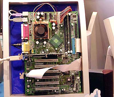 KT133 mobo\'s op Computex: MSI K7T Pro