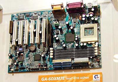 Intel 8xx mobo\'s op Computex: Gigabyte GA-6OXM7E (i815E)