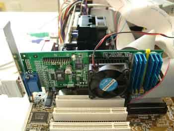 GeForce2 MX met Socket 370 fan