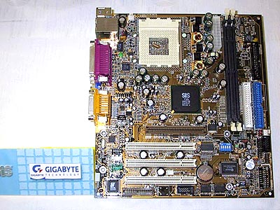 Gigabyte plank met SiS 730S chipset