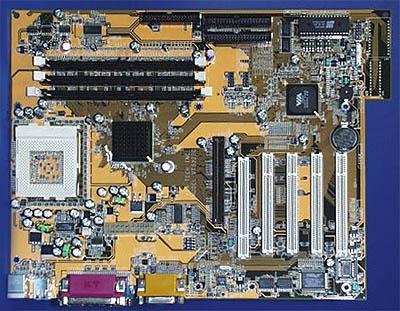 VIA VT5322C reference board met Apollo Pro266 chipset