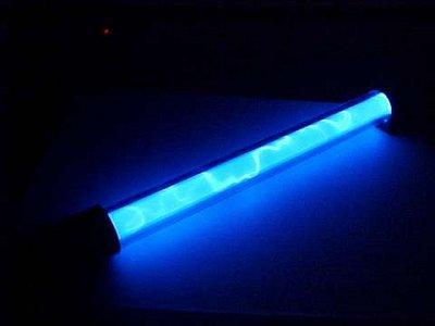Liquid Neon light kit review - Computer - Nieuws - Tweakers