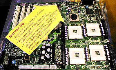 ServerWorks Quad CPU Foster mobo