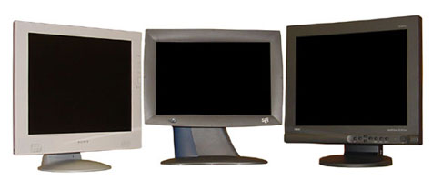 Drie LCD's: de Sony SDM-M81, de SGI 1600SW en de NEC 1830