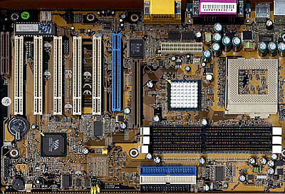DDR chipset roundup - Chaintech 6VJD foto
