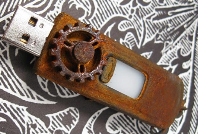 Usb-stick met malware uit Titanic