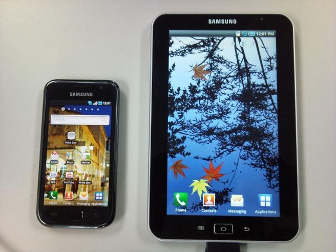 Samsung Tab naast Galaxy S
