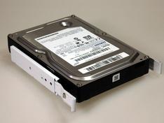 Bovenzijde drive tray met hard disc