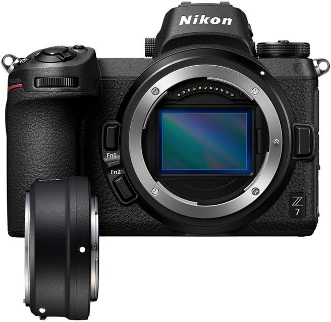 Nikon Z7 + FTZ adapter Zwart