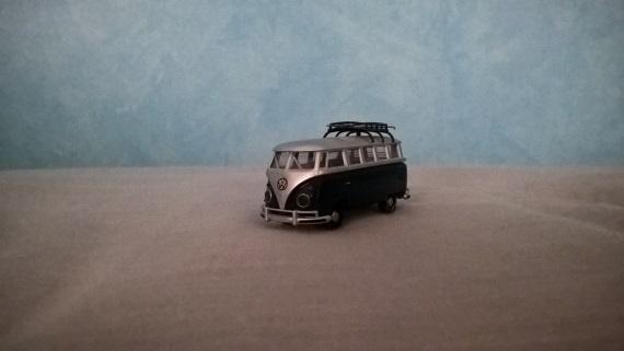 Modelbus met slecht licht, geen flits