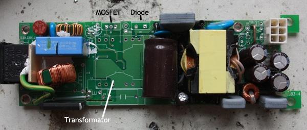 Hier staat op aangegeven wat er allemaal niet meer in mijn adapter zit aan PFC-onderdelen