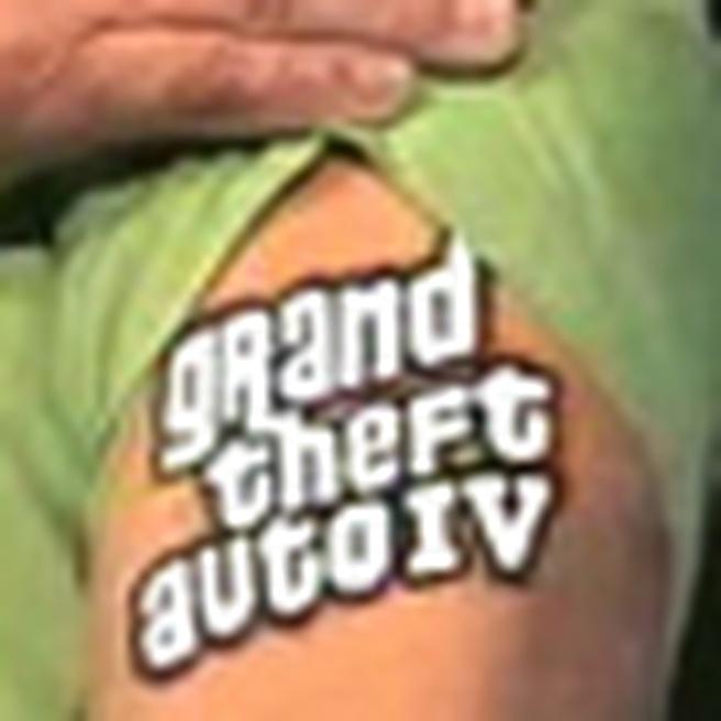 GTA IV-fpa: tattoo Peter Moore van Microsoft