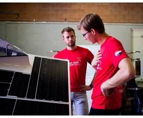 Solar Team Twente schade zonnepaneel