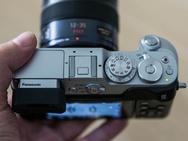 Panasonic GX8 naast GX7