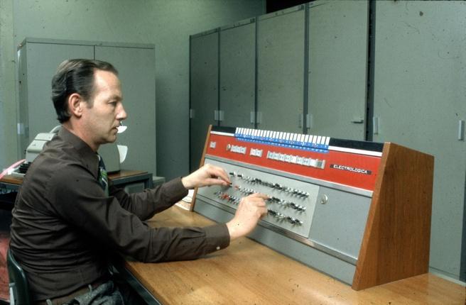 Electrologica X8