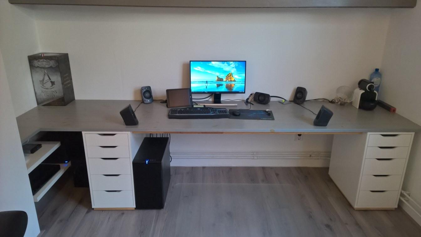Ikea bureau zelf samenstellen uitverkoop rechthoekige ikea
