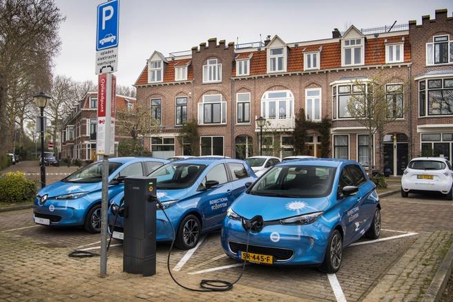 In Utrecht worden deelauto's gebruikt voor de opslag van zonnestroom, maar kunnen ze via v2x ook energie terugleveren
