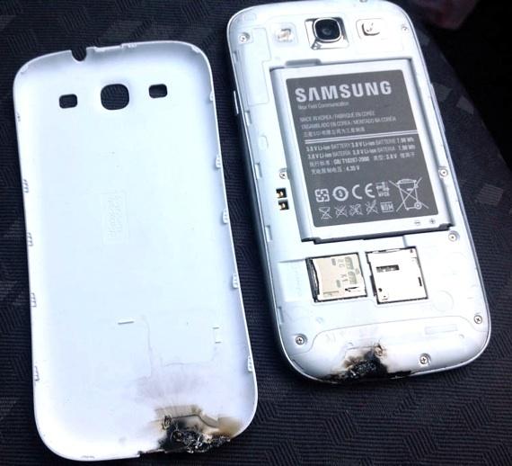 Samsung Galaxy S III met brandsporen