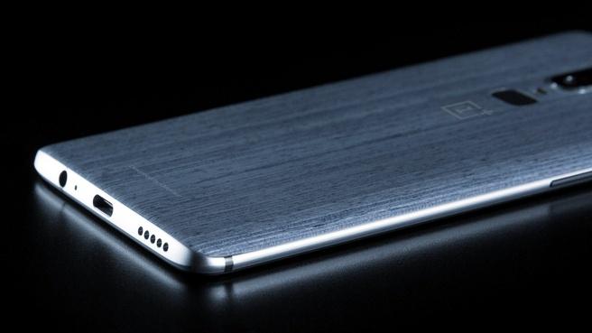 EvLeaks toont OnePlus 6