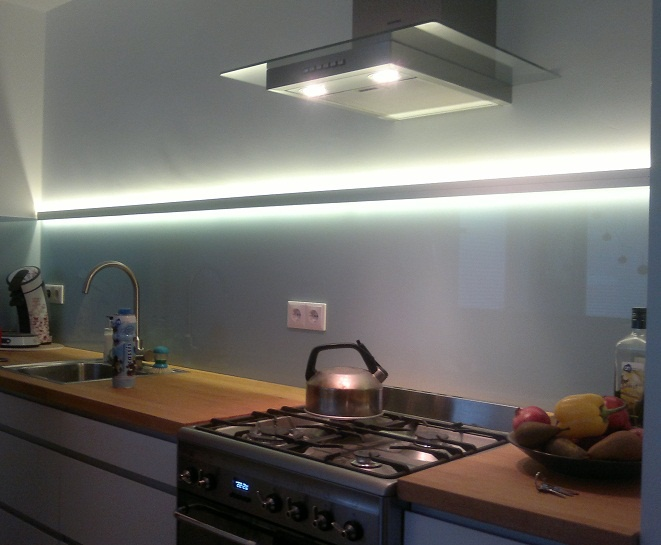 Witte Keuken Ervaring : Ikea keuken verlichting