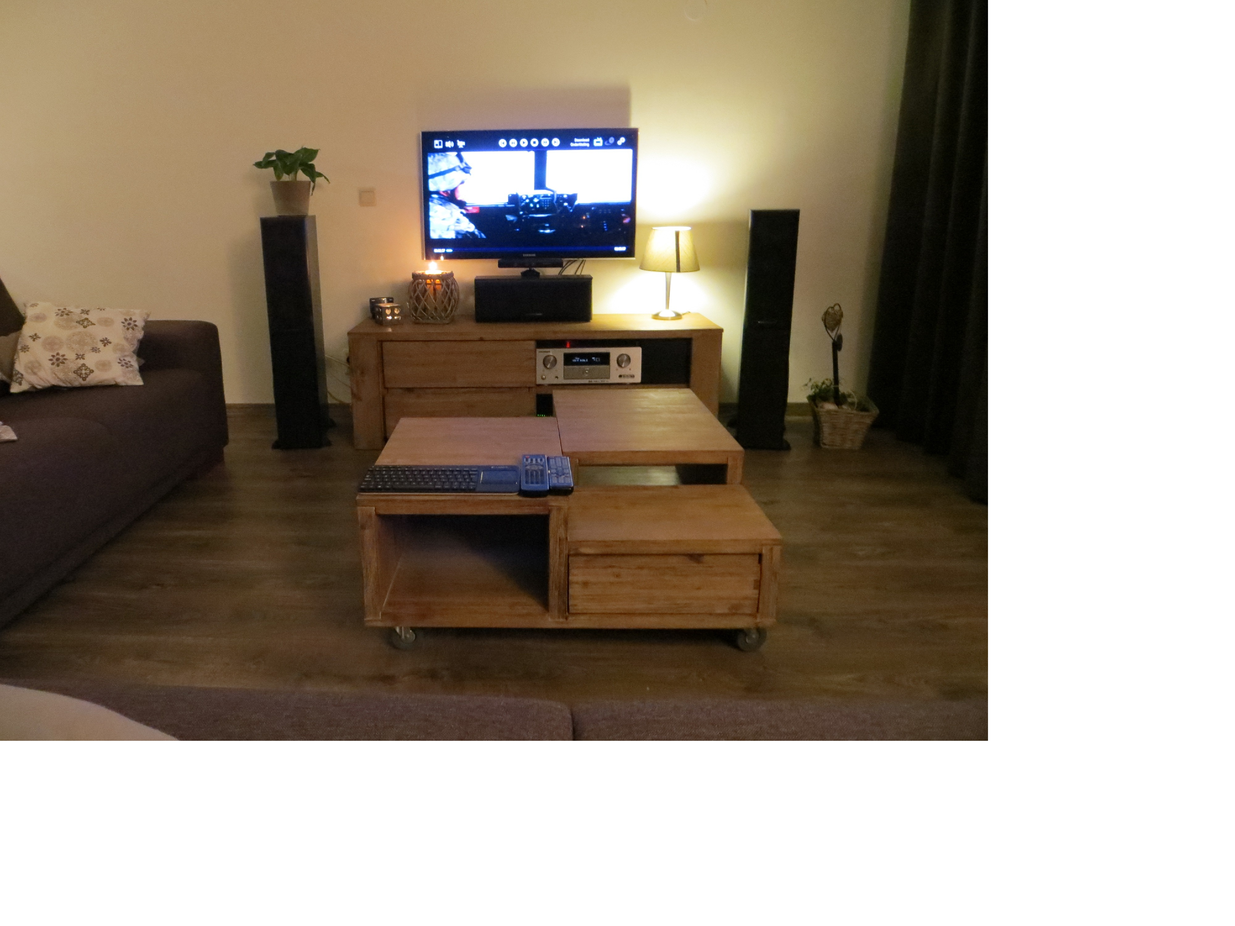 Post hier foto's en specs van je home cinema! deel 48   audio en ...