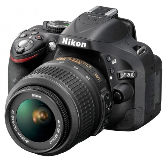 Nikon D5200 introductie top
