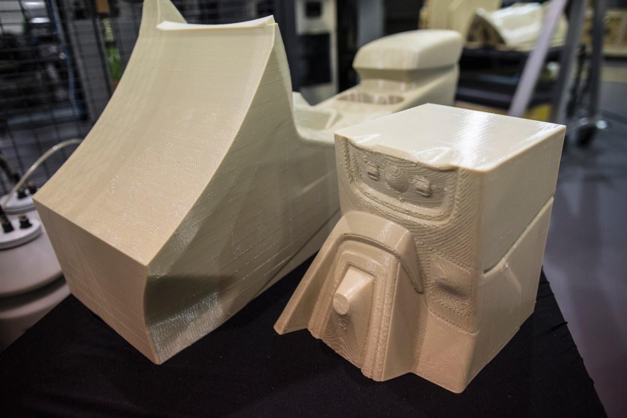 Ford doet proef met 3d printen van grote auto onderdelen for Auto interieur spuiten