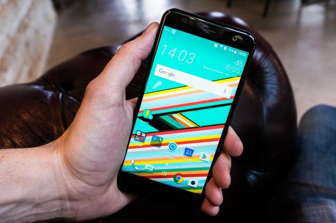 HTC U11 - scherm