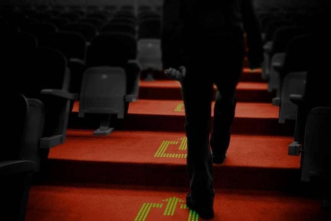 Lichtdoorlatende tapijten met geíntegreerde leds van Philips
