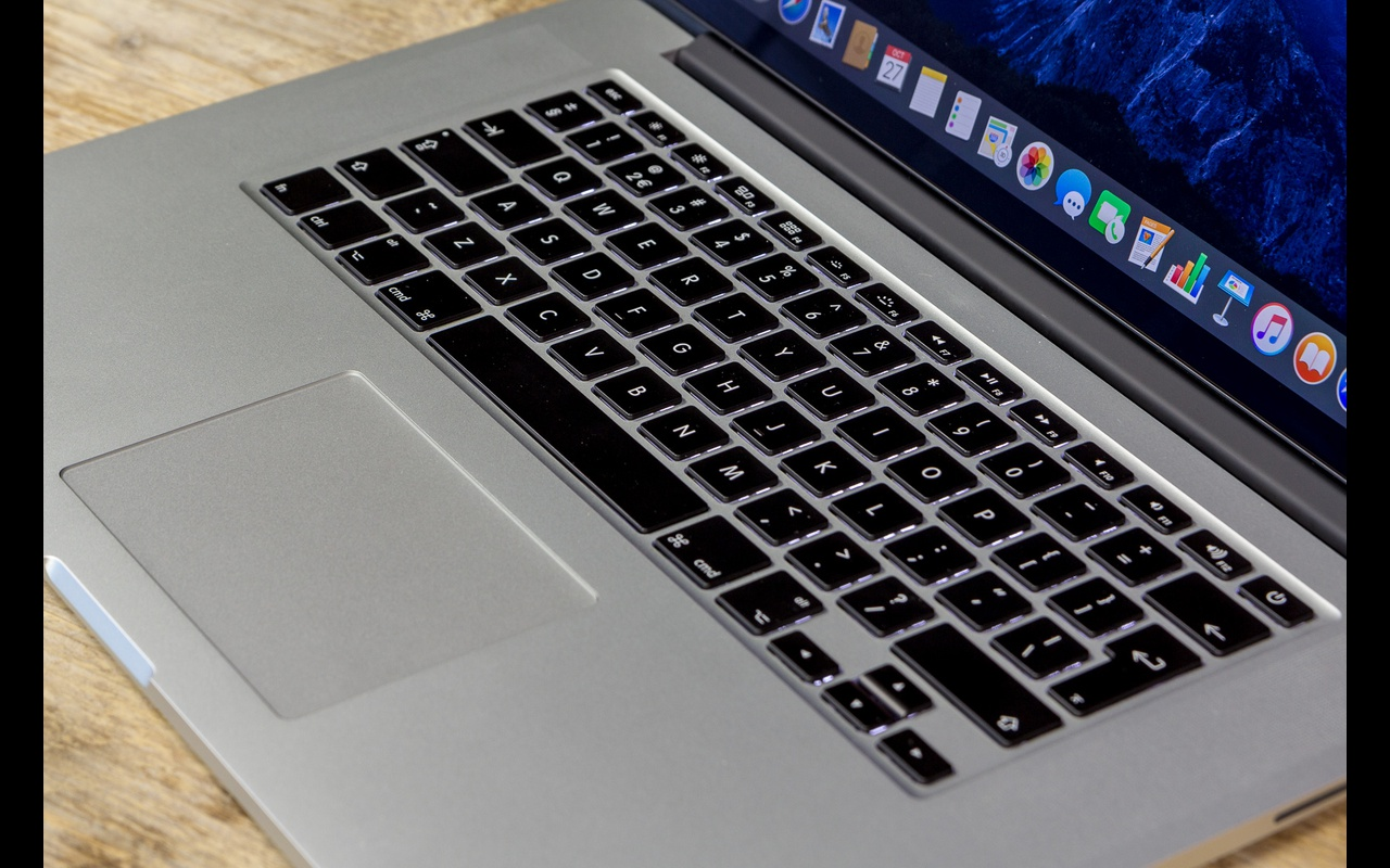 "Apple MacBook Pro 15,4"" (mid. 2015)"