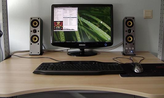 Creative GigaWorsk T40