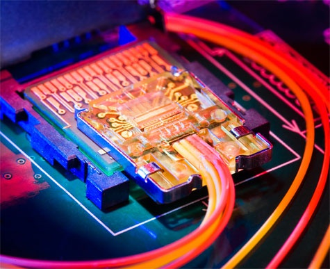 Intels Light Peak chip