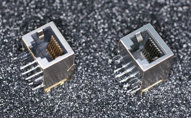 Magnetische en niet-magnetische ethernetjacks van de Raspberry Pi