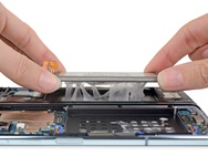 Samsung Galaxy Fold teardown. Bron: iFixit