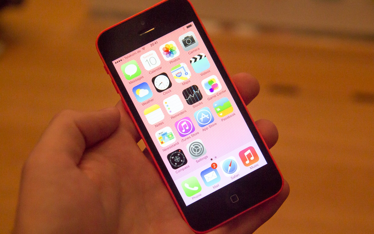 how big is an iphone 5c apples iphone 5c dure telefoon met goedkope uitstraling 18426
