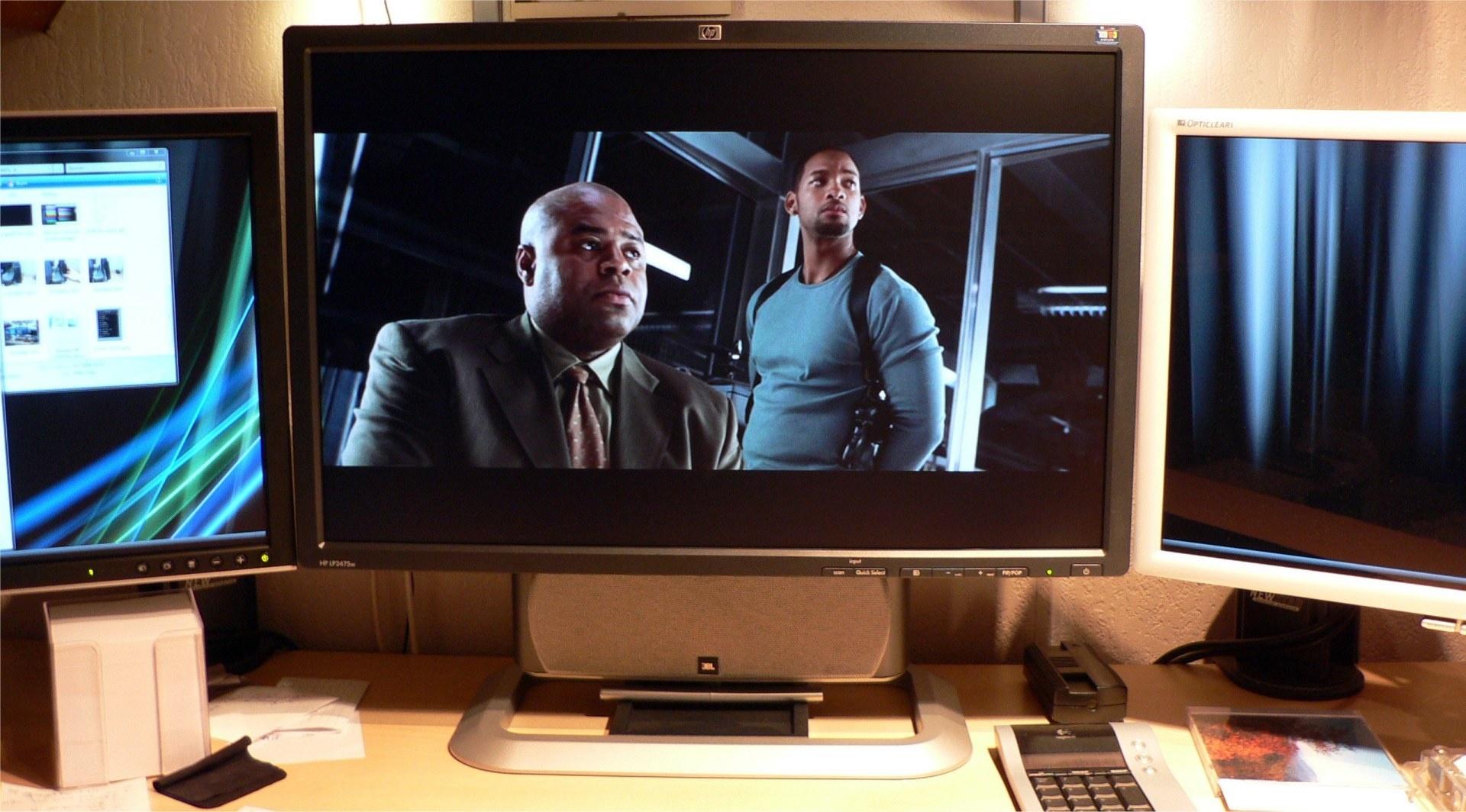 Het scherm tijdens het afspelen van een DVD (I Robot)