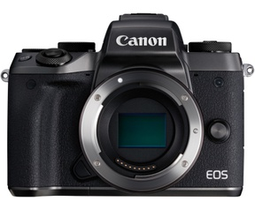 Canon M5 + 18-150mm IS STM