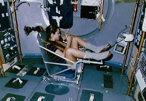 Massa vaststellen in de ruimte (foto: Nasa)