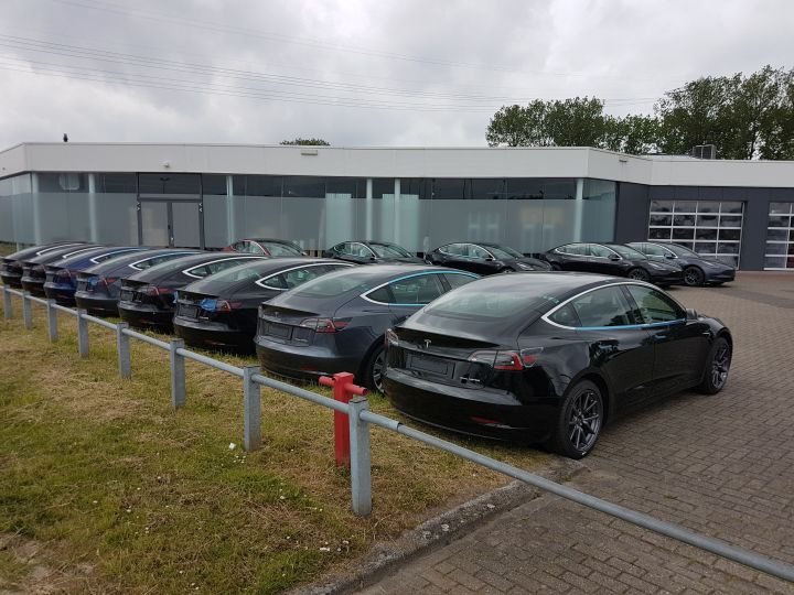 Tesla Model 3 (Groningen 30--05-2019)