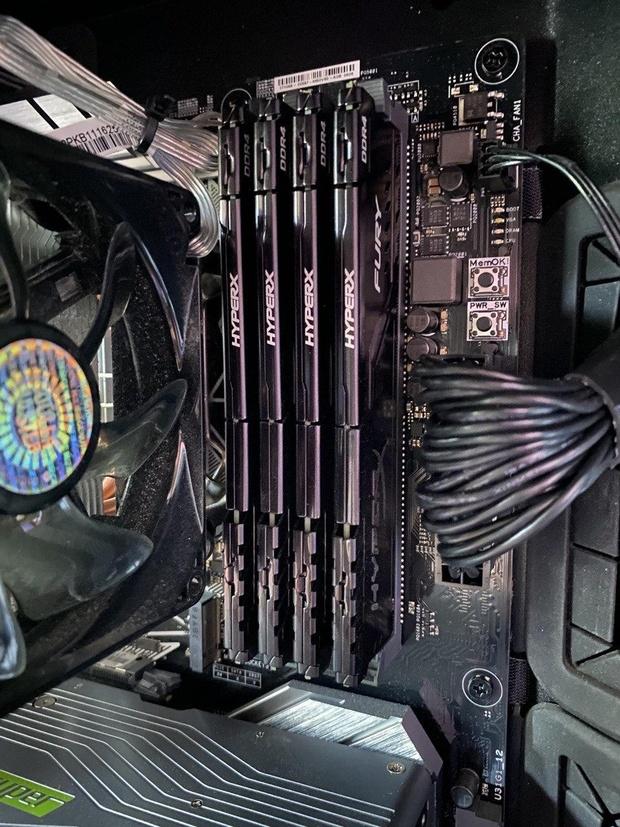 https://tweakers.net/i/JwFBkYr2WwOx0iG3tv37GzzdeLA=/620x/filters:strip_icc():strip_exif()/m/88456/1KndY11xXpN7LhFTp5bBrEnOeSJ9n2sYnfXN9XFCcHEqfGRoU7?f=620xauto